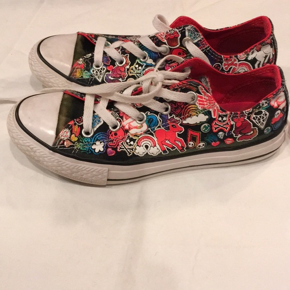 Converse Other - Converse sneakers girls size 2 ae5e75079
